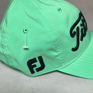 eb2561a96ff Titleist Accessories - Titleist Pro V1 FootJoy FJ Golf Hat Cap Green